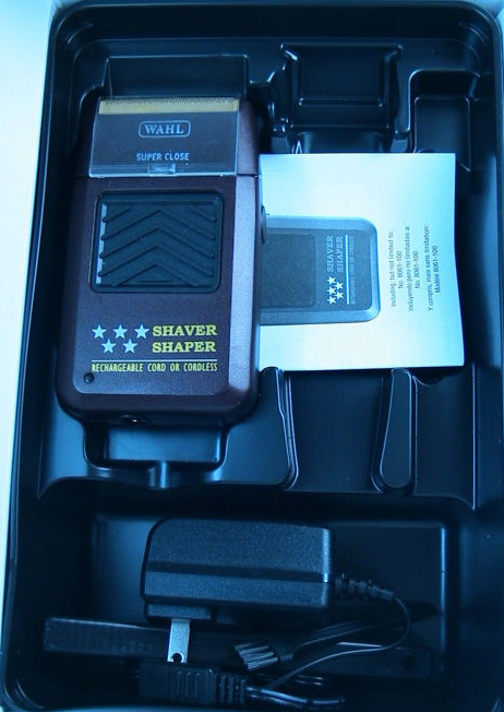 inside box of Wahl Professional 8061 5-star