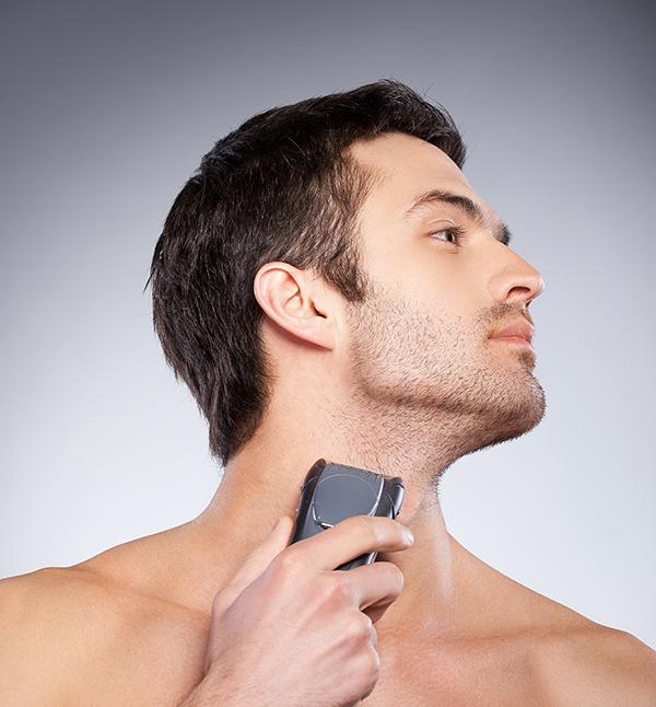 shaving with foil shaver