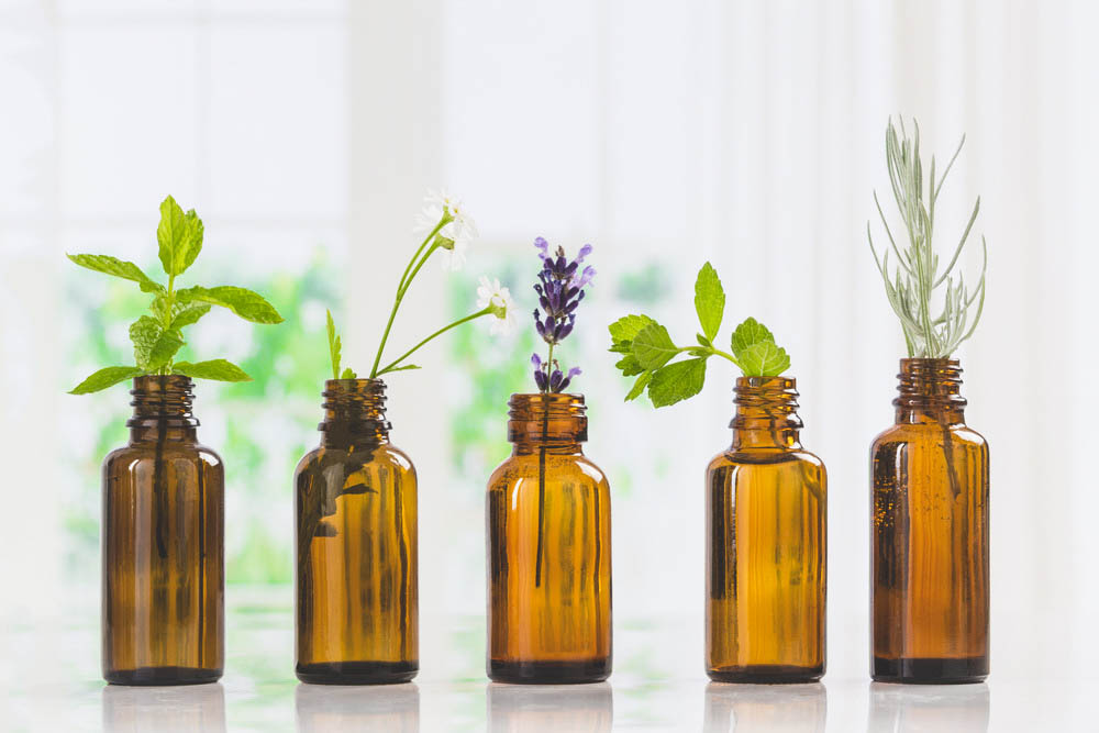 essential oils mixed with tea tree oil