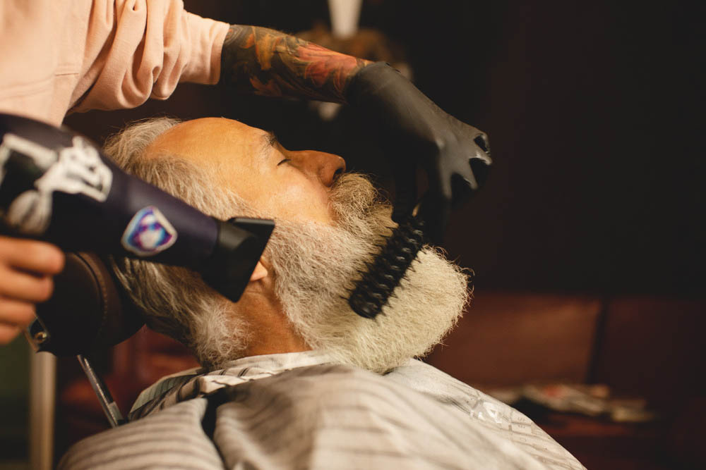 styling long beard with dryer