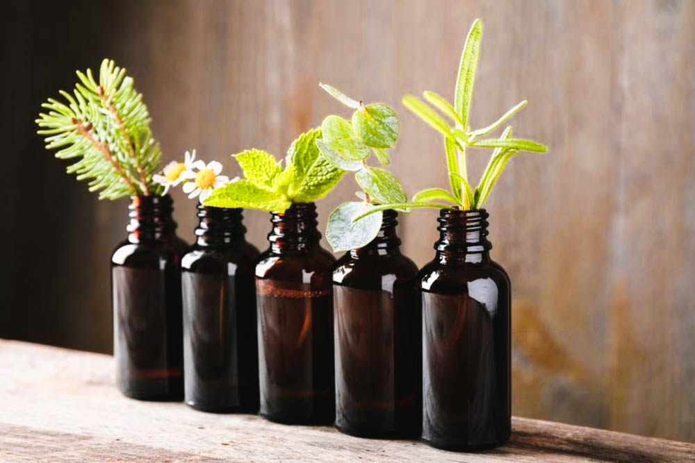 """10 Best Smelling Beard Oils That Will Make You Say """"Aventus"""