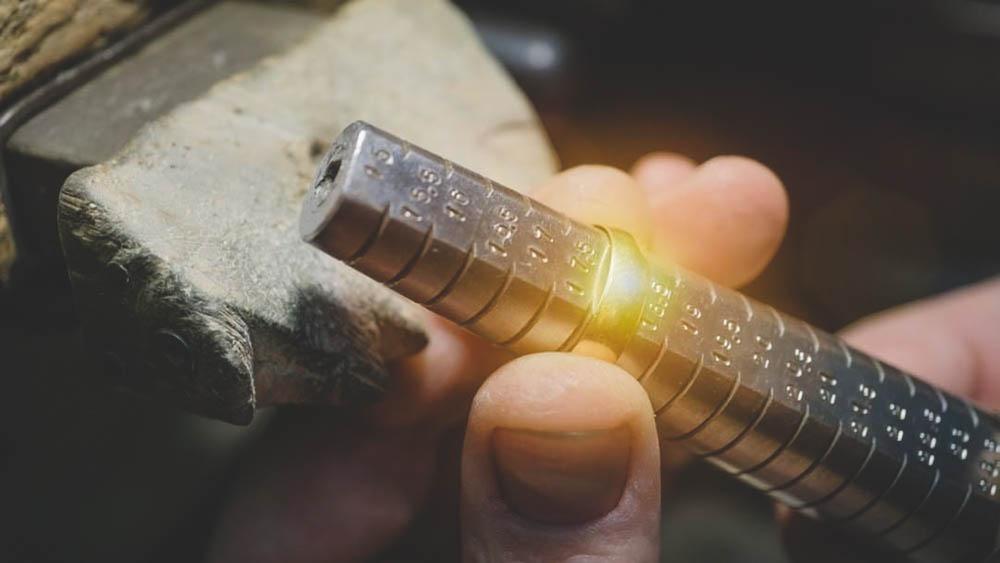 measuring wedding ring
