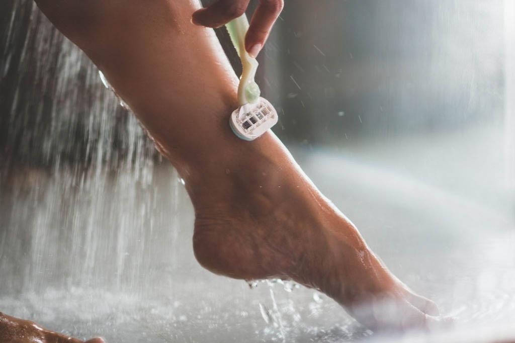 women using a razor