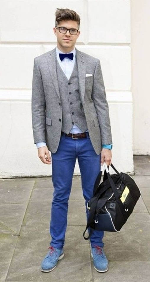 blue chinos outfit