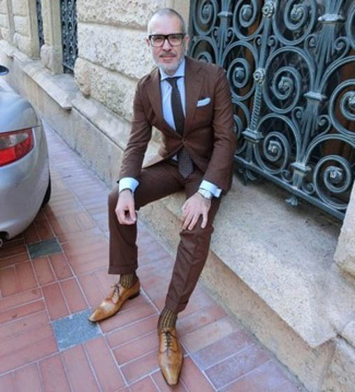 brown oxford shoes formal look