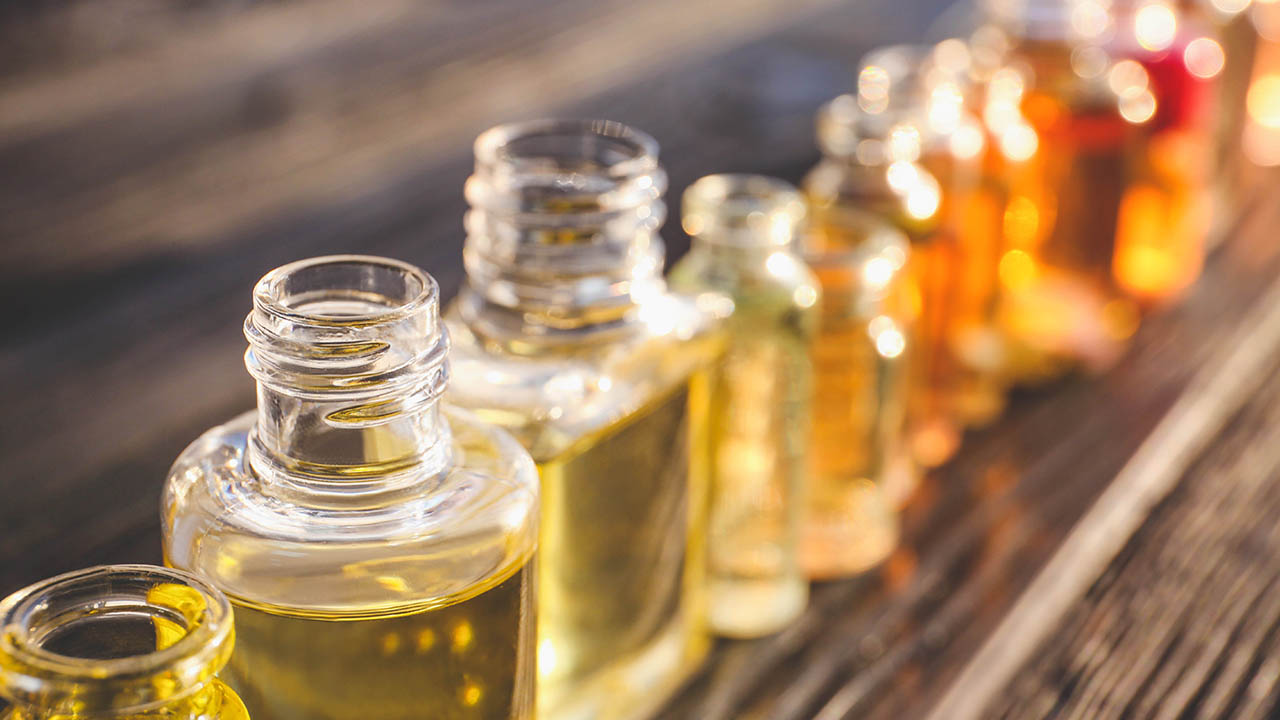 Best Smelling Body Oil for Men Buying Guide