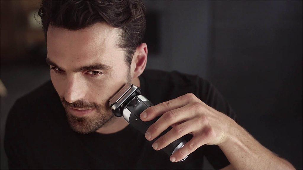 Shaving with Braun 9385cc